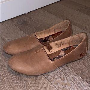 BORN Sebra Leather Slip Ons